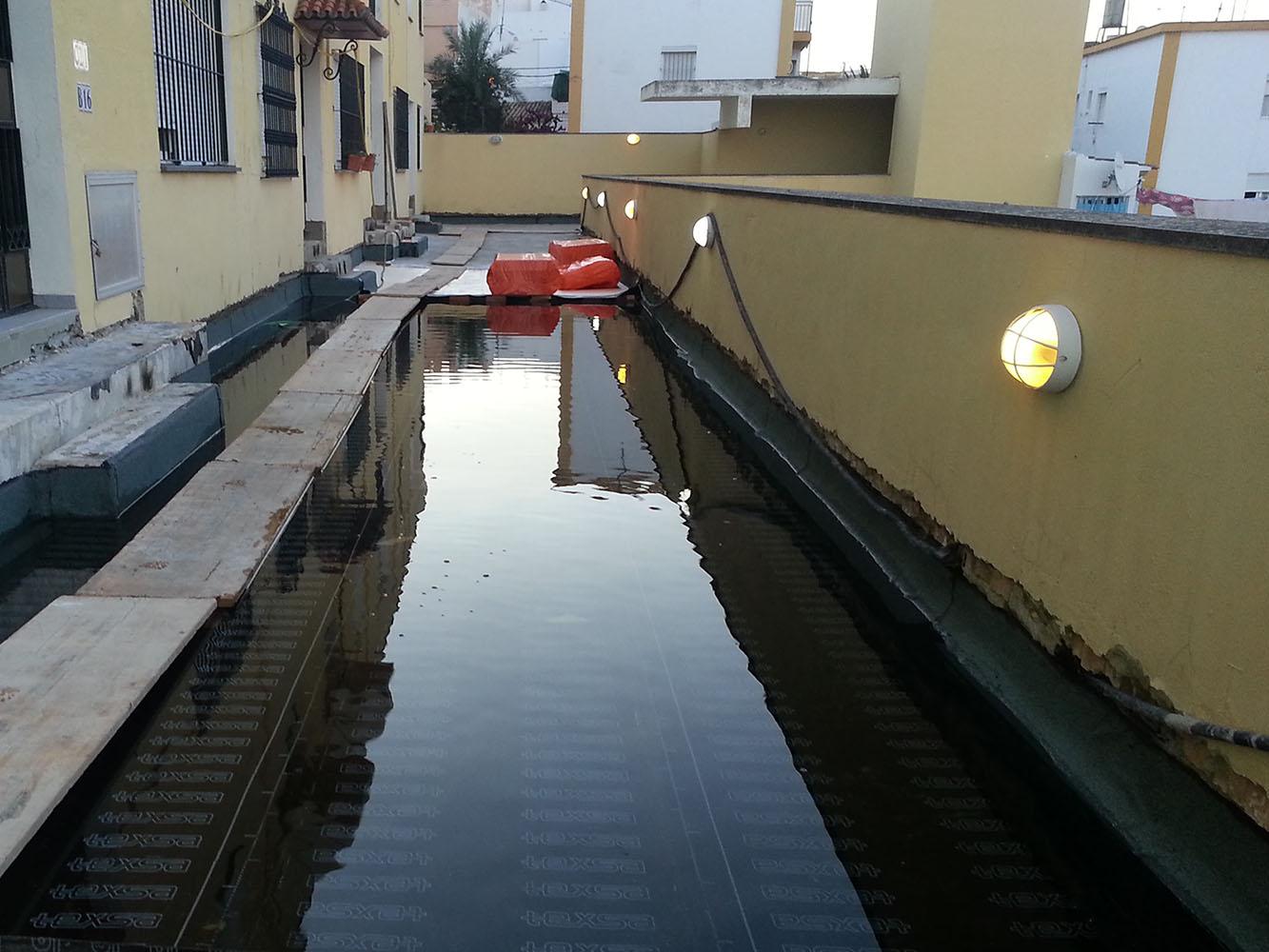 Impermeabilización de cubiertas en bloque de viviendas